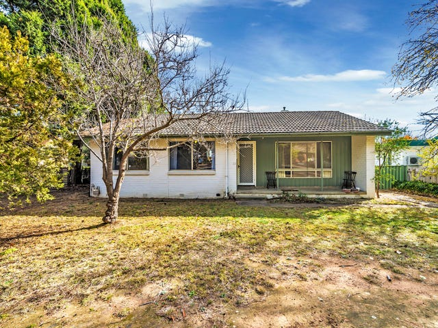 28 Ogilby Crescent, Page, ACT 2614