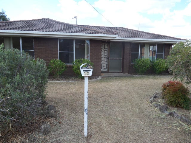10 Hass Street, Oakey, Qld 4401