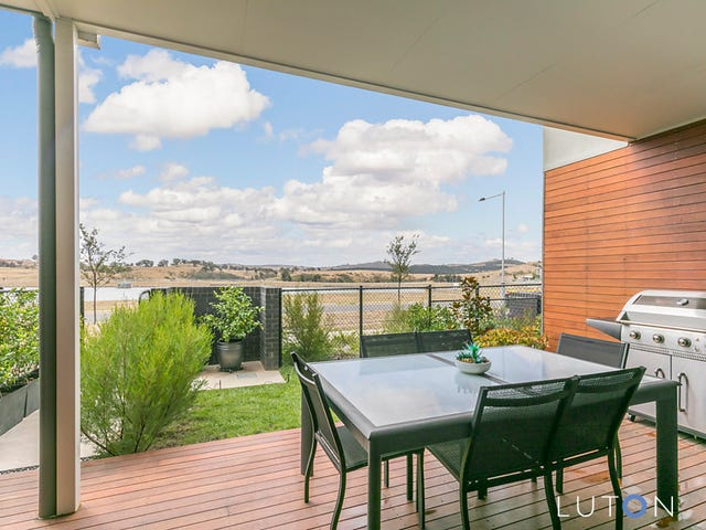 44 Edgeworth Parade, Coombs, ACT 2611