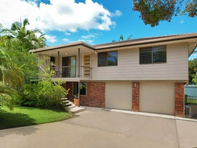 5 Anthony Avenue, Mooloolaba, Qld 4557
