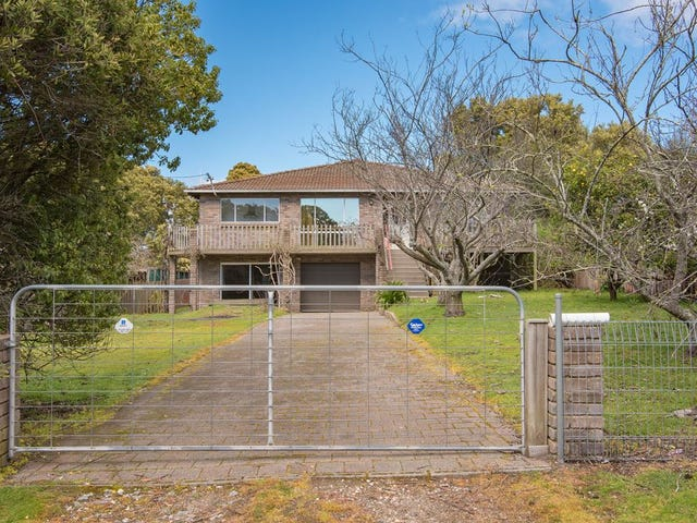 66 Little Swan Point Road, Gravelly Beach, Tas 7276