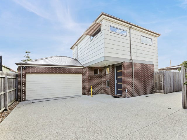2/16 Cornish Avenue, Belmont, Vic 3216