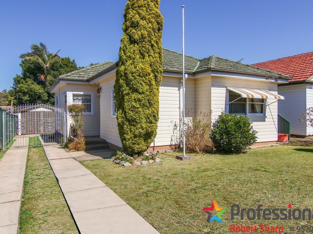 15 Roseland Avenue, Roselands, NSW 2196
