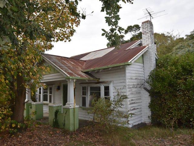 18 Railway Crescent, Moe, Vic 3825