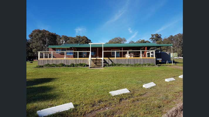 935 Bullock Mount Rd Yarrowford NSW 2370 - Image 2