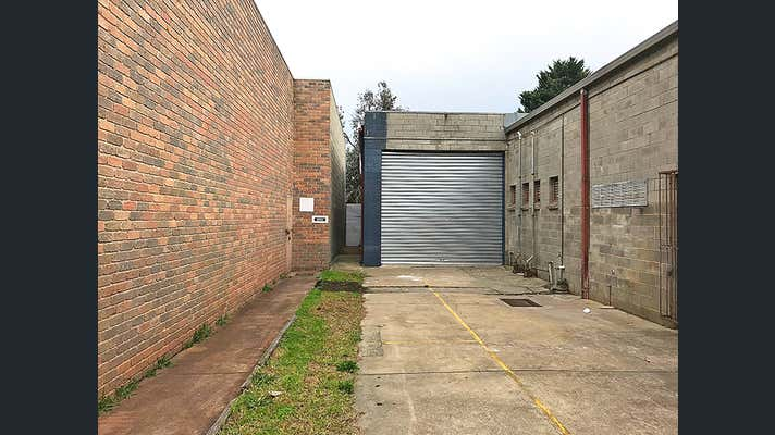 2/18 Wise Avenue Seaford VIC 3198 - Image 1