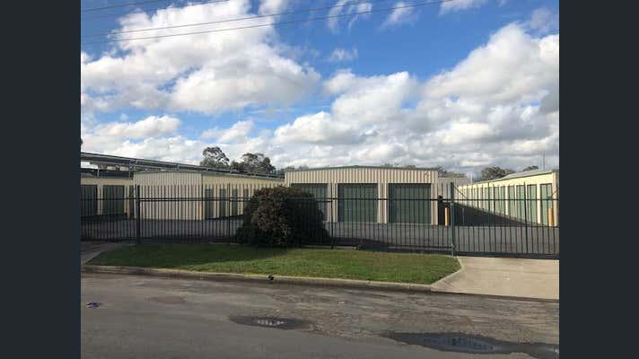 904 Metry Street North Albury NSW 2640 - Image 2
