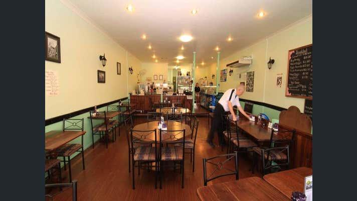 215 Grey Street Glen Innes NSW 2370 - Image 2