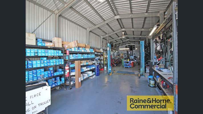 26 Cameron Street Clontarf QLD 4019 - Image 2
