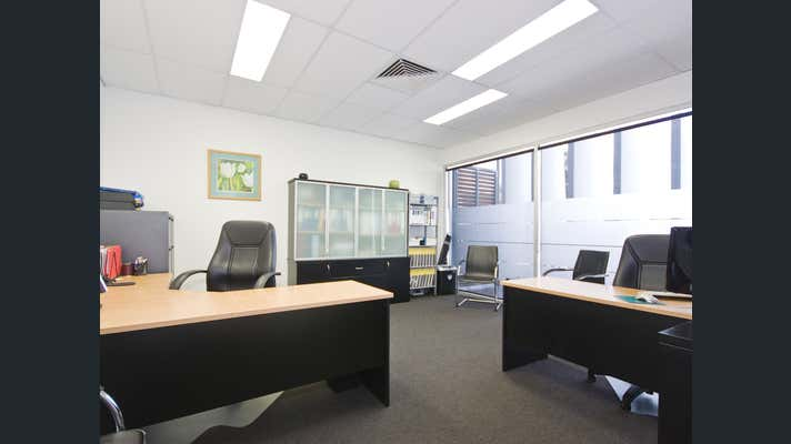 240 Waterworks Rd Ashgrove QLD 4060 - Image 10