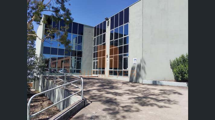 35 Garema Circuit Kingsgrove NSW 2208 - Image 11