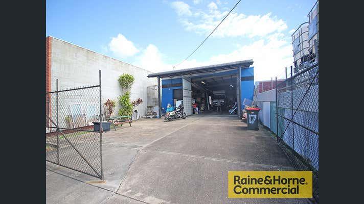 17 Storie Street Clontarf QLD 4019 - Image 1