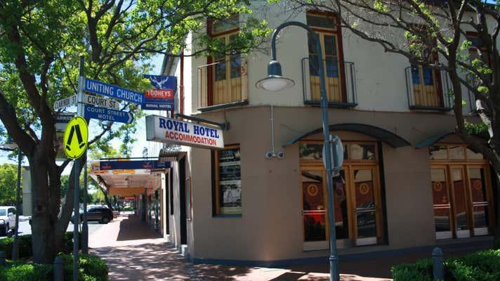 219-223 Clarinda Street Parkes NSW 2870 - Image 1