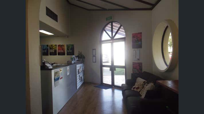 Suite 1, 19 Palmer Street North Mackay QLD 4740 - Image 2
