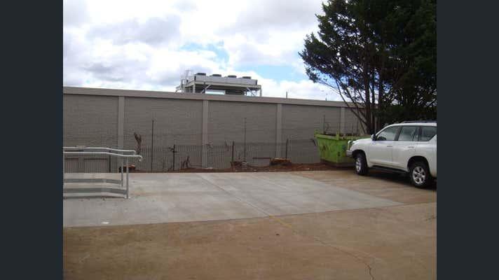 Unit 1, 3 Hurstway Court Kearneys Spring QLD 4350 - Image 2