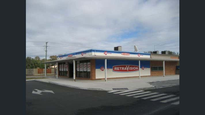 Yamba Shopping Fair, Shop 39, 1-3 Treelands  Dr Yamba NSW 2464 - Image 1