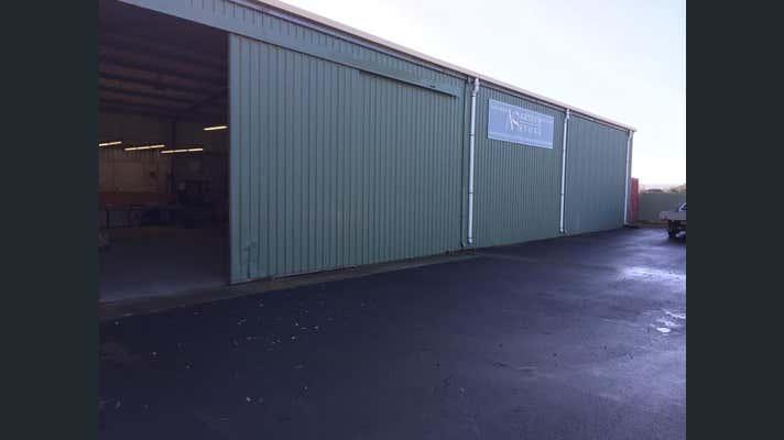 35 Sweny Drive Australind WA 6233 - Image 1