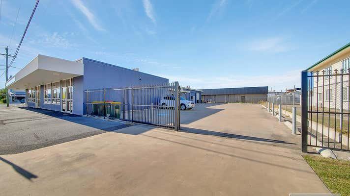 SHOP 4 71-73 DENHAM STREET Rockhampton City QLD 4700 - Image 2