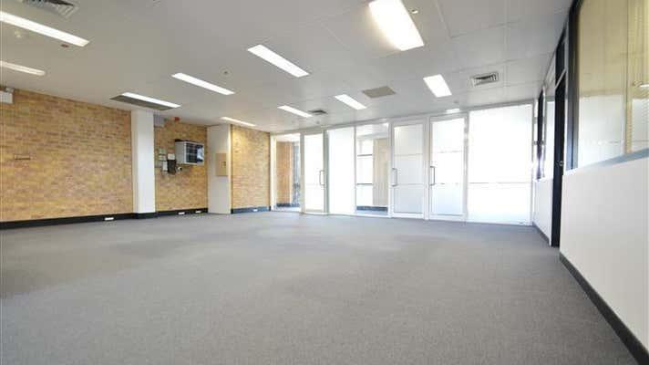 32 St Andrews Street Maitland NSW 2320 - Image 2