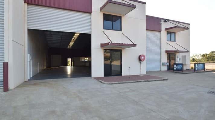 4/14 Civil Court Harlaxton QLD 4350 - Image 2