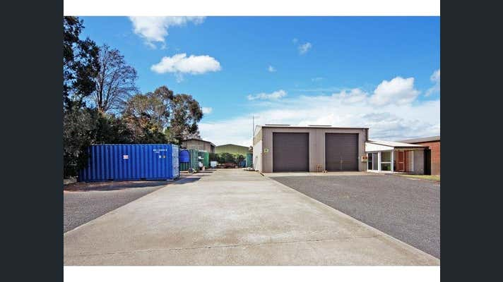 15 Geary Place North Nowra NSW 2541 - Image 2