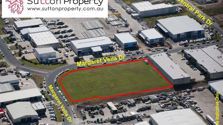 10-26 Margaret Vella Drive, Mackay Paget QLD 4740 - Image 1