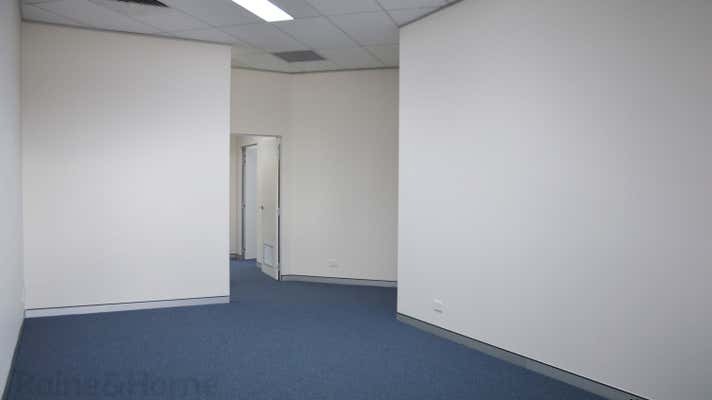 205&205a/64-68 Derby Street Kingswood NSW 2747 - Image 2