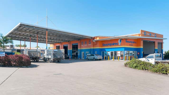 CORNER SOUTHERN ACCESS HIGHWAY, COMPORT , 54 Comport Street Cairns City QLD 4870 - Image 1