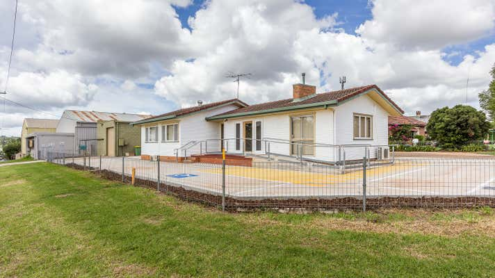 14 Makepeace Street Toowoomba City QLD 4350 - Image 1