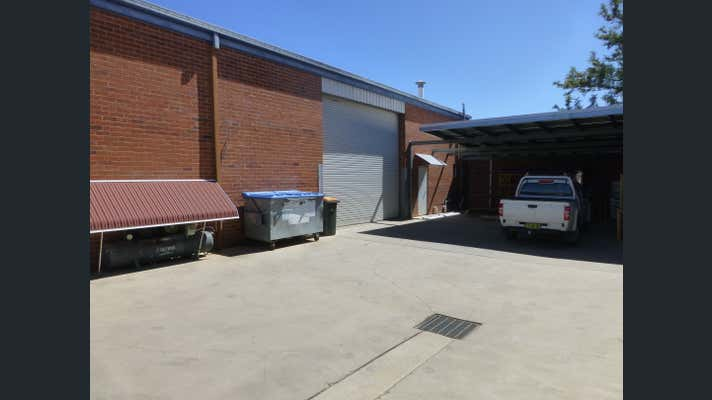2/125 Gunnedah Road Tamworth NSW 2340 - Image 2