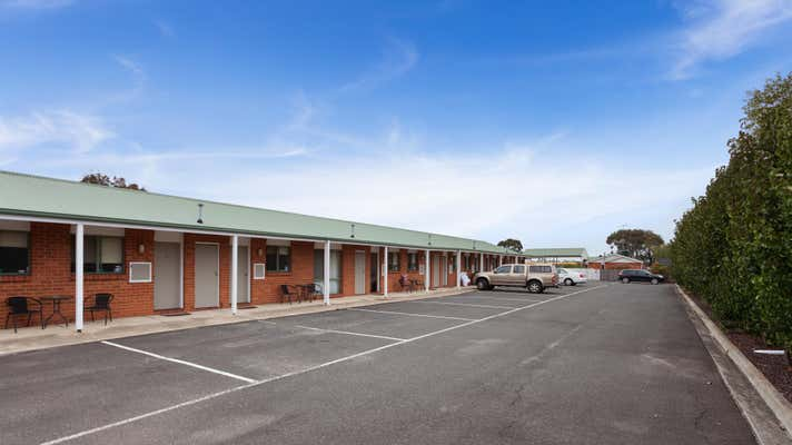 Motel, 14-16 Settlement Road (Princes Highway) Belmont Vic 3216 - Image 9