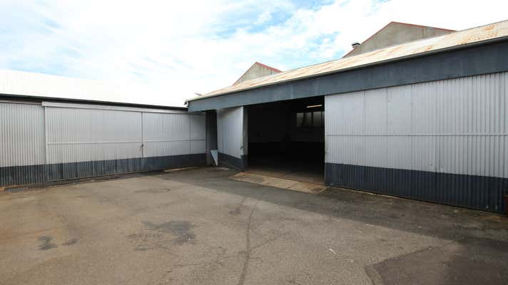 Shed B, 13-15 Anthony Street Toowoomba City QLD 4350 - Image 2