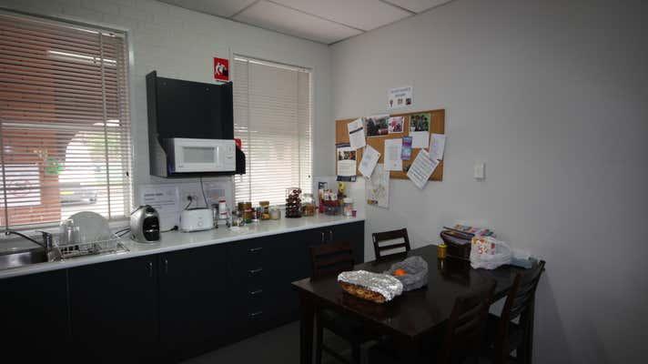 Suite 2/106 George Street Singleton NSW 2330 - Image 3