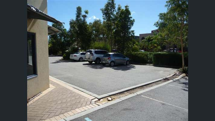1/30 Paramount Drive Wangara WA 6065 - Image 26