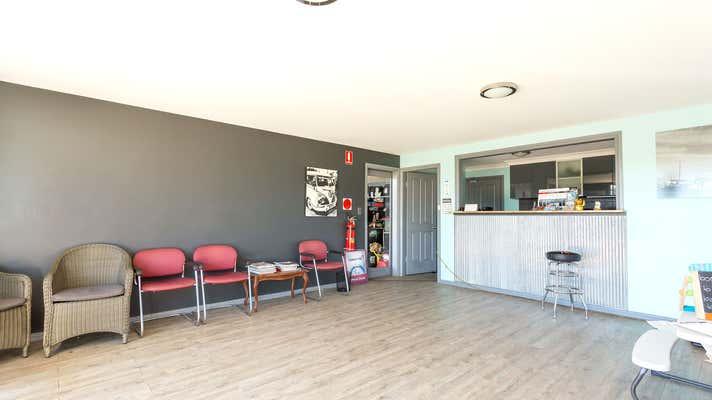 260 Victoria Street Taree NSW 2430 - Image 1