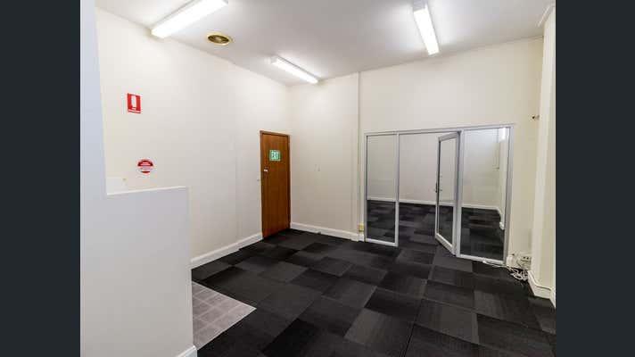18b/121 Lawes Street East Maitland NSW 2323 - Image 2