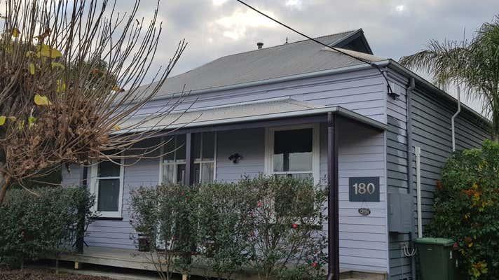 180 Macleod Street Bairnsdale VIC 3875 - Image 1