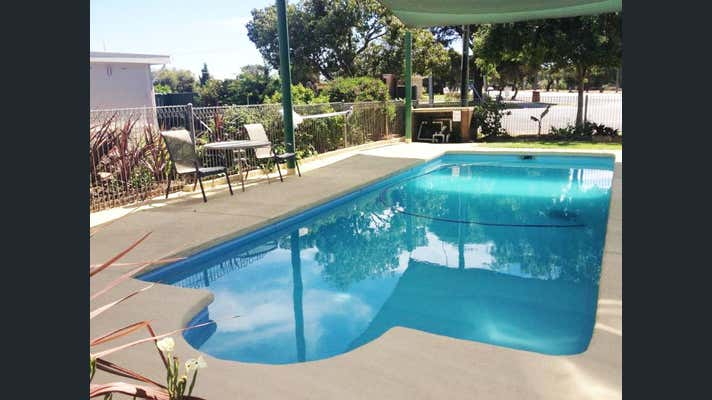 Fabulous NSW Freehold Motel For Sale - 1P4422M - Image 1