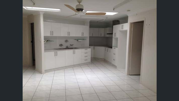 12/12 Tierney Place Tweed Heads South NSW 2486 - Image 2
