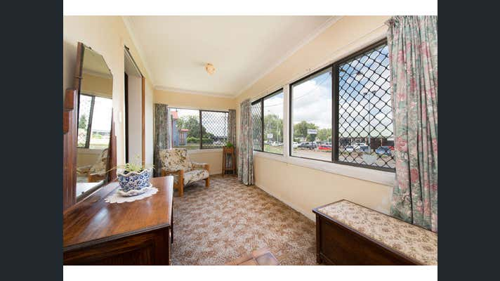 27 Clifford Street Toowoomba City QLD 4350 - Image 2