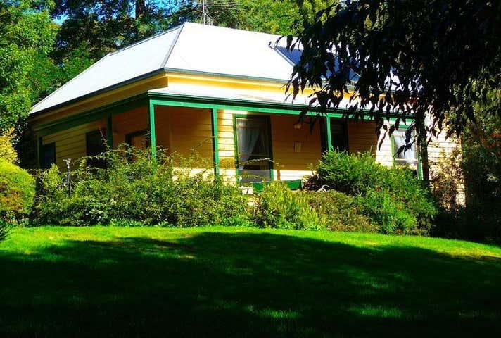 Lemonade Creek Cottages, 690 Erskine Creek Road Lorne VIC 3232 - Image 1