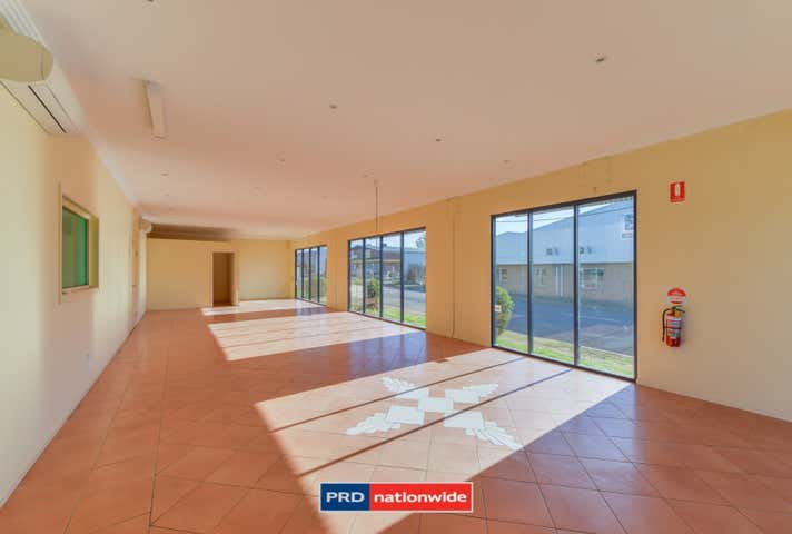 Unit 12/84-92 Barnes Street Tamworth NSW 2340 - Image 1