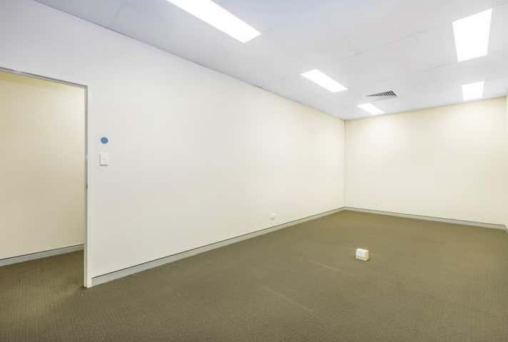 1/225 Queensport Road Murarrie QLD 4172 - Image 1