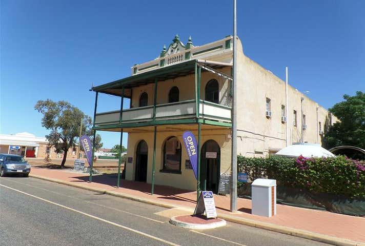 The Menzies Hotel, 22 Shenton Street Menzies WA 6436 - Image 1