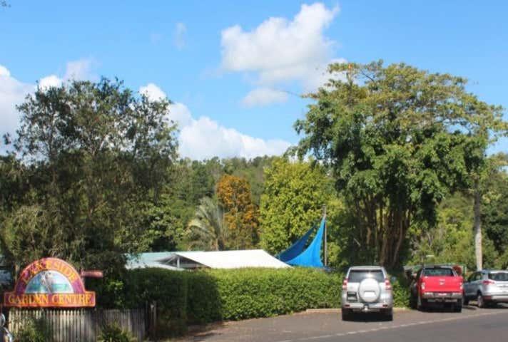 17 Park Avenue Yungaburra QLD 4884 - Image 1