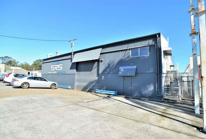 Unit 1/7 Pendrey Court Woodridge QLD 4114 - Image 1