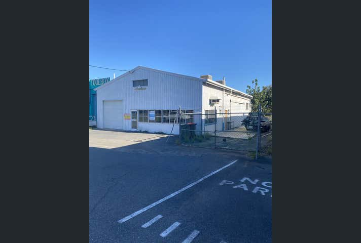 399 Yaamba Road Rockhampton City QLD 4700 - Image 1