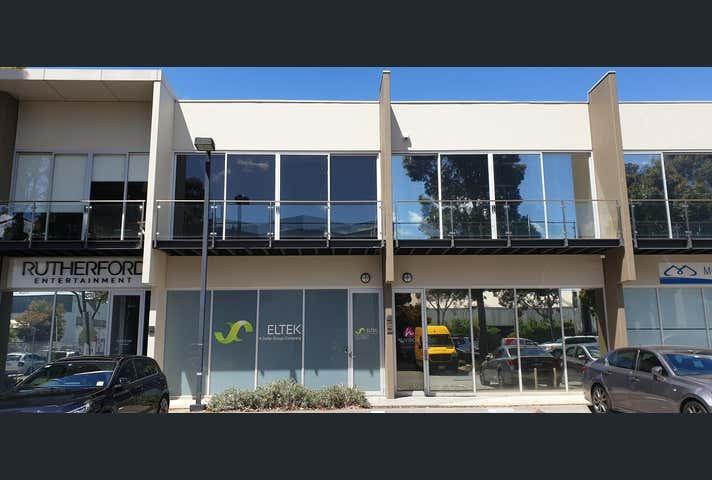 134/15 Hall Street Port Melbourne VIC 3207 - Image 1