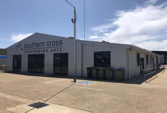 Unit 1, 57 Chaston Street Wagga Wagga NSW 2650 - Image 1