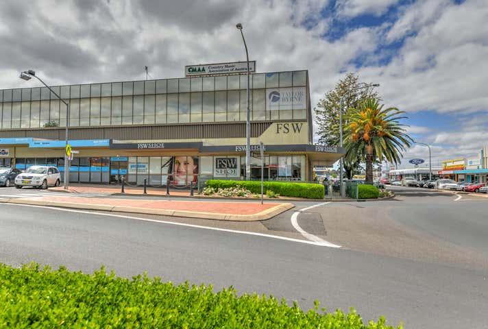 Suite 11 454-456 Peel Street Tamworth NSW 2340 - Image 1